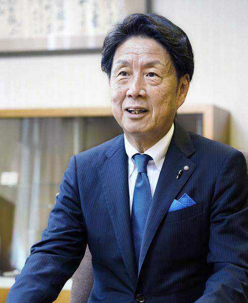 株式会社 高知新聞社 代表取締役社長 中平雅彦